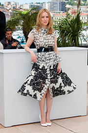 Lea Drucker chose this fit-and-flare structured skirt for a super fun and flirty look at Cannes.