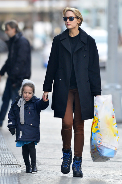 More Pics of Leelee Sobieski Wool Coat (1 of 7) - Leelee Sobieski Lookbook - StyleBistro