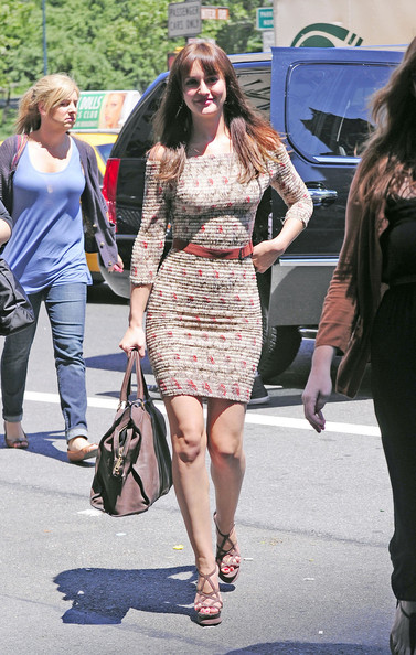 Leighton Meester Long Straight Cut with Bangs []