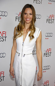 Hilary Swank looked casual chic at the 'J. Edgar' premiere wearing a crisp white dress and leaving her hair down in long flowing waves.
