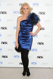 Camilla Dallerup gave her look extra sparkle with a petite black beaded clutch.