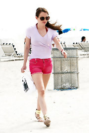 A Pepto-pink hue injected Rosie's denim cut-offs with sunny style.