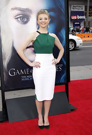 "Natalie Dormer wore a tri-color halter dress for a sexy but sophisticated red carpet look at the ""Game of Thrones"" premiere."