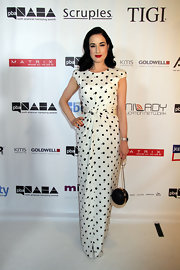 Dita had us seeing spots when she sported this full-length, black-and-white polka dot dress to the North American Hairstyling Awards.