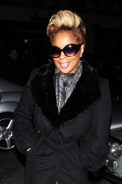 mary j blige hairstyles. Singer Mary J Blige arrives at