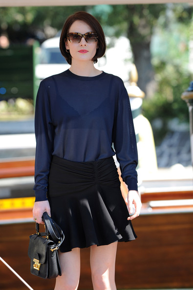 Michelle Dockery Rectangular Sunglasses []