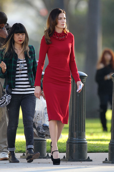 Michelle Monaghan Form-Fitting Dress []