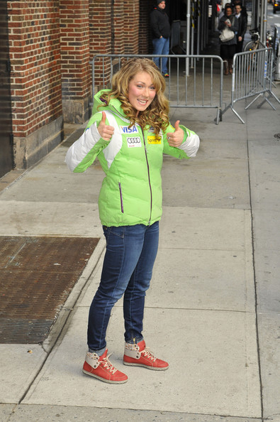 More Pics of Mikaela Shiffrin Down Jacket (1 of 6) - Down Jacket Lookbook - StyleBistro