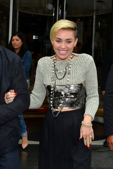 Miley Cyrus Layered Pearl Necklace