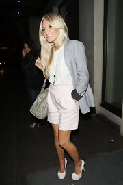 Mollie looked summer-chic in a long, blazer, bermuda shorts and cute white pumps.