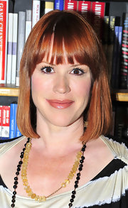 Molly Ringwald looked ageless with her hair in a mid-length bob.