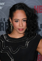 Margot Bingham sported a chic half-up half-down curly 'do at the Very.co.uk launch party.