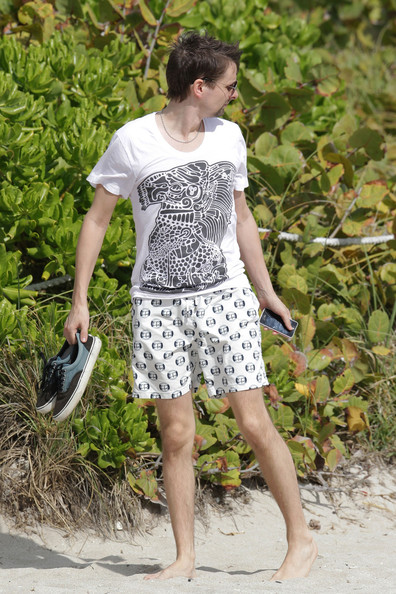 More Pics of Matt Bellamy T-Shirt (1 of 5) - Matt Bellamy Lookbook - StyleBistro