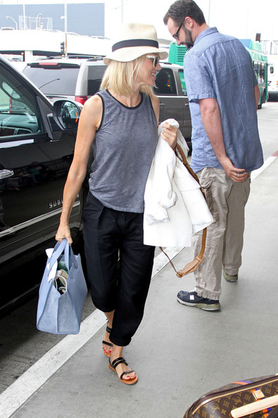 More Pics of Naomi Watts Tank Top (4 of 13) - Naomi Watts Lookbook - StyleBistro