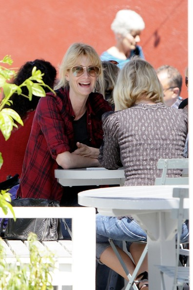 More Pics of Naomi Watts Boyfriend Jeans (1 of 14) - Naomi Watts Lookbook - StyleBistro