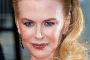Nicole Kidman Long Wavy Cut