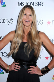 Elle MacPherson attended Macy's Fashion Star celebration wearing her nails polished with shiny blue-black lacquer.