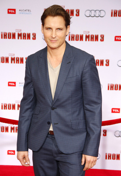 More Pics of Peter Facinelli Men's Suit (1 of 2) - Peter Facinelli Lookbook - StyleBistro