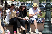 Sharon Osbourne was spotted chilling out in Malibu wearing a pair of cap-toe ballet flats.