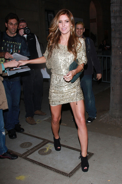 More Pics of Audrina Patridge Oversized Clutch (5 of 5) - Audrina Patridge Lookbook - StyleBistro