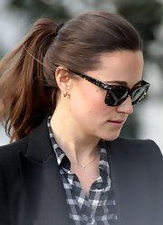 Pippa Middleton sported a casual ponytail while on her way to work in London.