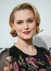 A deep crimson lipstick stood out beautifully against Evan Rachel Wood's porcelain skin.