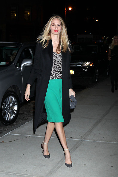 More Pics of Lauren Santo Domingo Pumps (1 of 2) - Lauren Santo Domingo Lookbook - StyleBistro