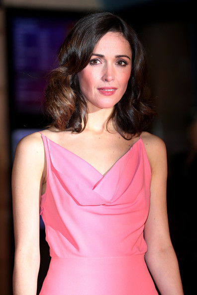 More Pics of Rose Byrne Cocktail Dress (3 of 5) - Rose Byrne Lookbook - StyleBistro