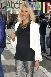 Eve was spotted out in New York with a shoulder length platinum blond hairstyle.