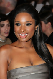 Jennifer Hudson showed off major elegance at the 2011 Met Gala with a sleek half up hairstyle.