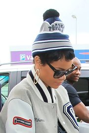 RiRi gave her look extra street cred with a cool pom-pom hat.