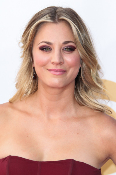 More Pics of Kaley Cuoco Medium Curls (5 of 8) - Kaley Cuoco Lookbook - StyleBistro