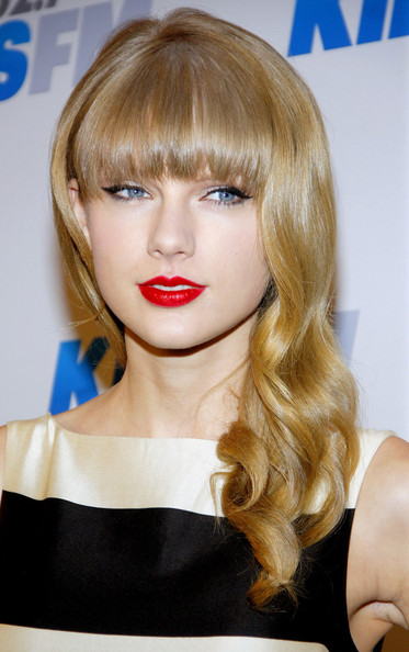 More Pics of Taylor Swift Long Curls with Bangs (2 of 6) - Taylor Swift Lookbook - StyleBistro