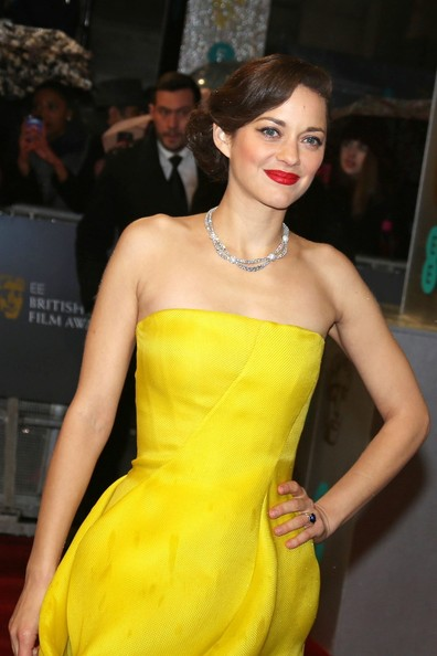 More Pics of Marion Cotillard Red Lipstick (4 of 7) - Marion Cotillard Lookbook - StyleBistro