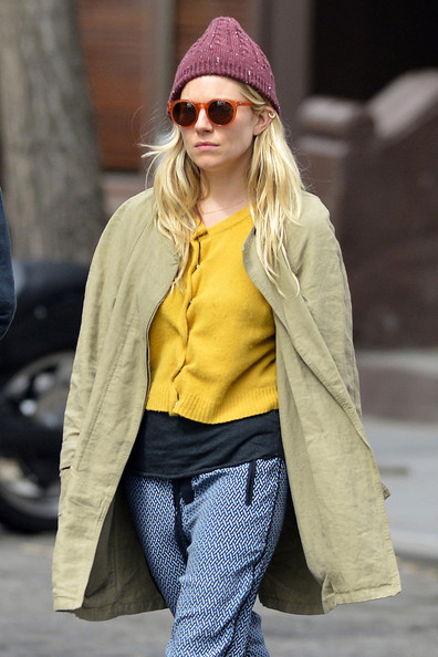 More Pics of Sienna Miller Silk Pants (4 of 8) - Sienna Miller Lookbook - StyleBistro