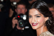 Sonam Kapoor Cat Eyes