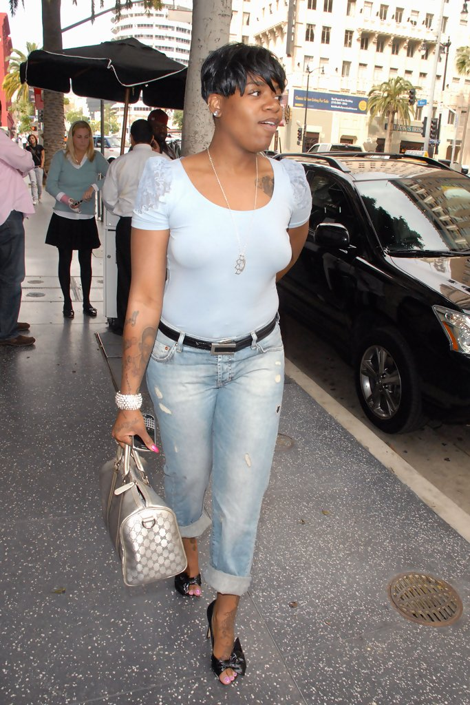 More Pics Of Fantasia Barrino Boyfriend Jeans 8 Of 12