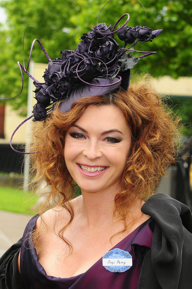 Suzi Perry Fascinator