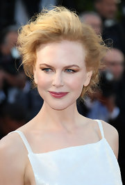 Nicole Kidman's hair may have looked like a simple teased updo from the front, but the back revealed a gorgeous spiral-braided bun.
