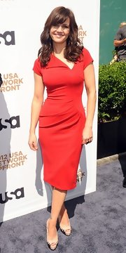 Carla Gugino looked classically stunning at the USA Upfront soiree in this red knit sheath dress.