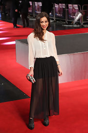 Lindsay Armaou paired a loose blouse with a black flowing skirt for a black and white look that was totally ethereal.