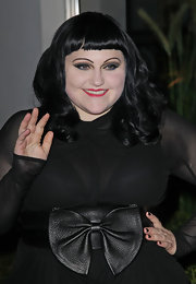 Beth Ditto attended the 2012 Sidaction Gala Dinner wearing her hair in curls with short blunt bangs.