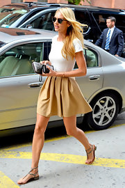 Candice finished off her cute day time look with this minimal rope sandals.