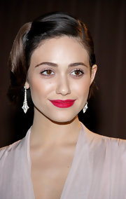 Emmy Rossum opted for a super feminine shade of pink for her lips at a pre-Oscar party.