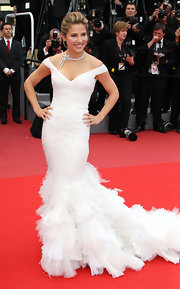 Actress Elsa Pataky showed off her gorgeous frame in this winter white gown while walking the carpet in Cannes.