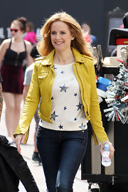 Kelly Preston sported a modern take on an old favorite with this yellow leather jacket.