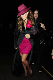 SJP is chic and stylish in a pink fedorda. Only she could rock this look.