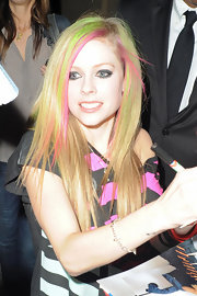 Avril Lavigne wore edgy black eyeshadow for a smokey eyed look on 'Jimmy Kimmel Live.'
