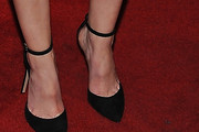 Leighton Meester Pumps