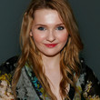 Abigail Breslin Hair - Long Wavy Cut